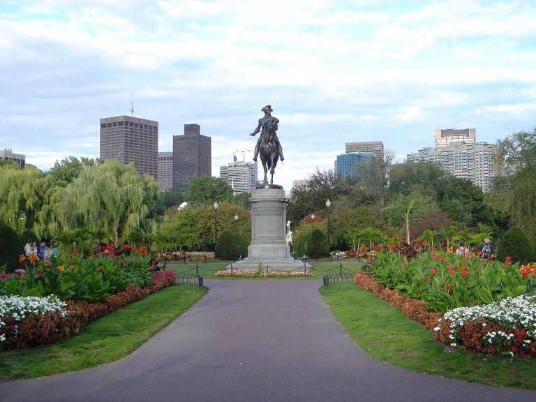1200px-Public_Garden,_Boston